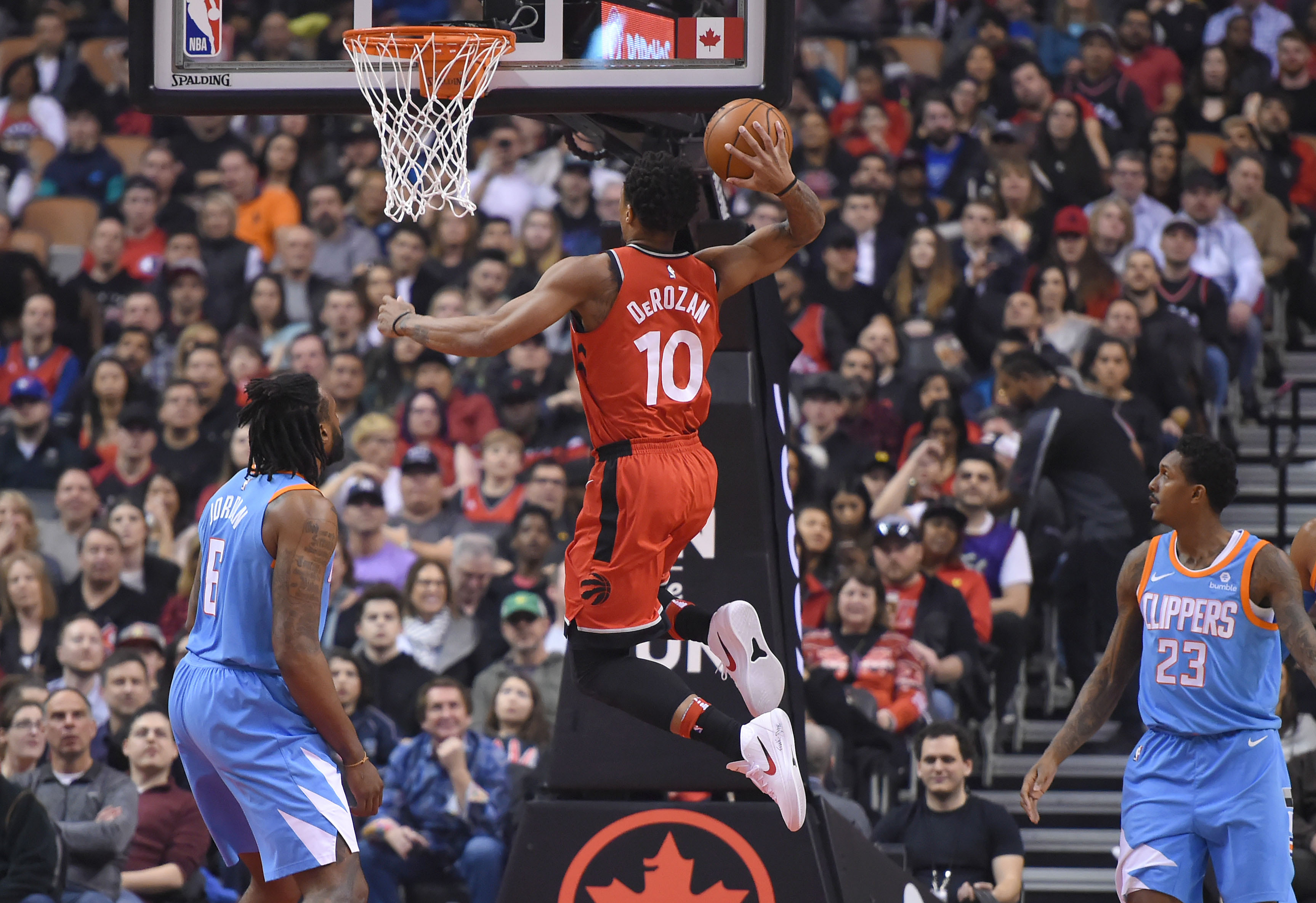 2018-03-25t225936z_1580059677_nocid_rtrmadp_3_nba-los-angeles-clippers-at-toronto-raptors